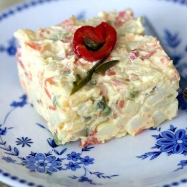 Cum să decorezi salata de boeuf pentru Paște