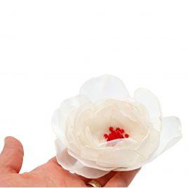 Martisor brosa handmade Bujor cu margelute rosii