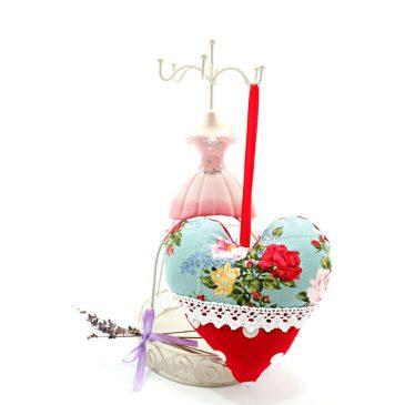 Inimioara umpluta cu lavanda Summer Garden Rose
